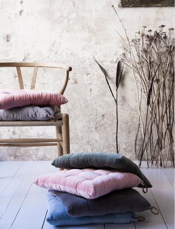 trends mit ros als farbe wohn highlights setzen. Black Bedroom Furniture Sets. Home Design Ideas