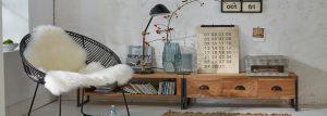 Bücherregal dekorieren: Die besten Tipps