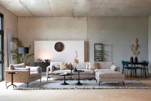 Erdtöne und formschöne Deko-Accessoires machen den Interior Trend 2021 perfekt. Hier: Zuiver
