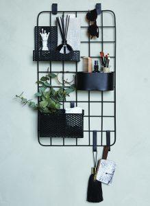 Für Produkte, Handtücher und Deko ist das Multi-Board in einem kleinen Bad wie gemacht