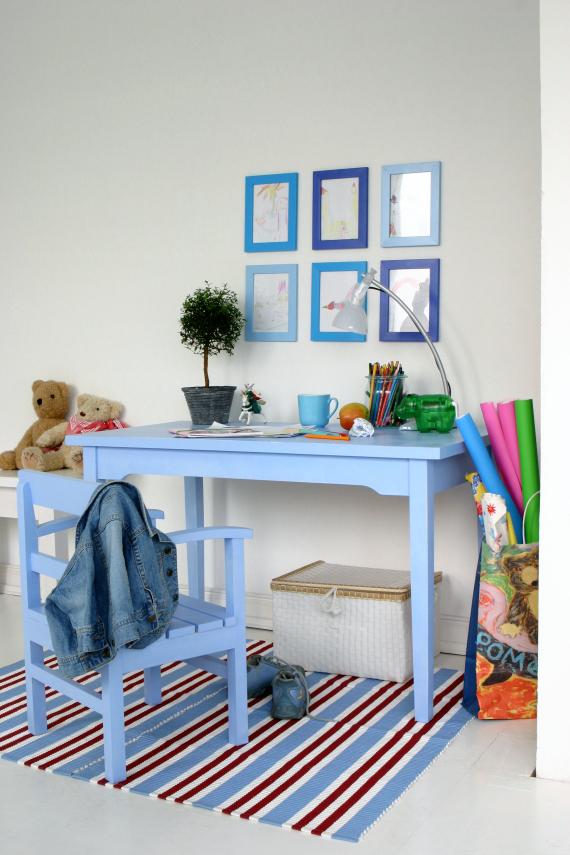 kinderschreibtisch car m bel. Black Bedroom Furniture Sets. Home Design Ideas