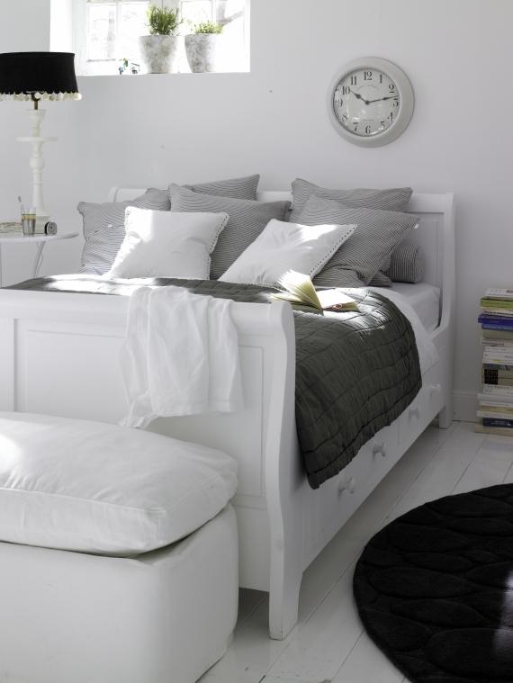 holzbett landhausstil car m bel. Black Bedroom Furniture Sets. Home Design Ideas