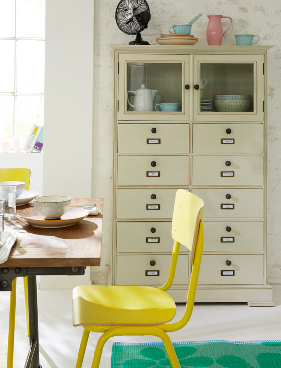 landhausschrank car m bel. Black Bedroom Furniture Sets. Home Design Ideas